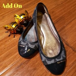 Unsized Vintage Coach Flats